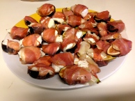 Prosciutto-Wrapped Stuffed Figs - New Kid on the Guac