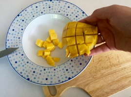 How To Cut A Mango - New Kid On The Guac