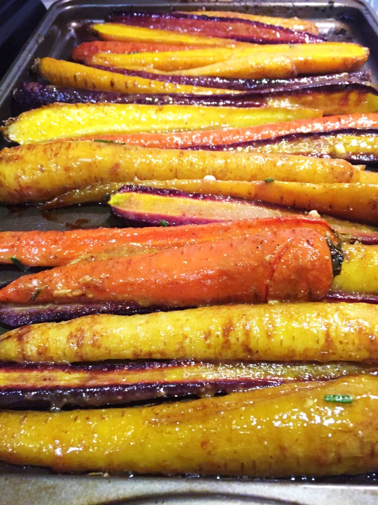Maple Dijon Roasted Carrots - New Kid On The Guac