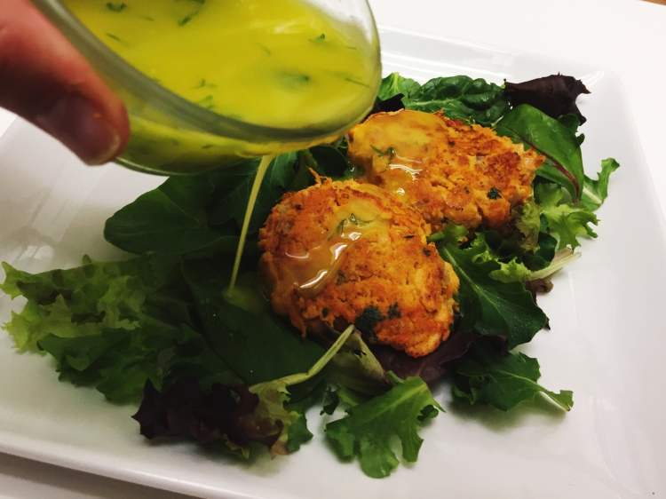 Salmon Sweet Potato Cakes with Lemon Herb Aioli - New Kid On The Guac